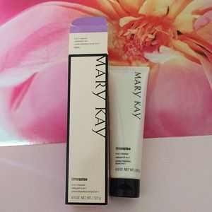 *new Mary Kay 3-in-1 cleanser